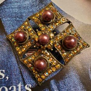 Vintage brooch like NEW